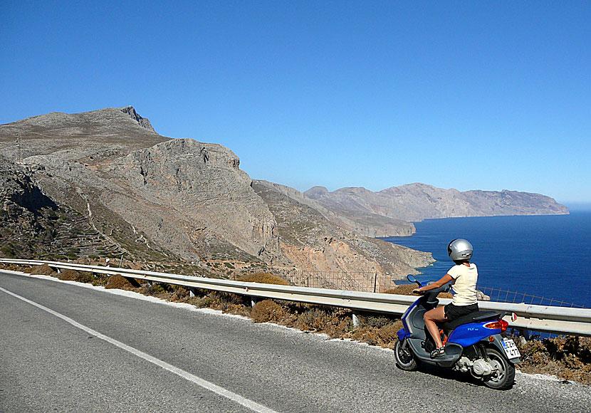Hyra Moped Och Bil På Amorgos